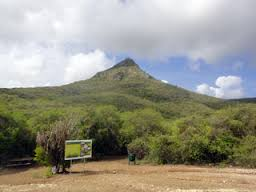 Christoffel Mountain